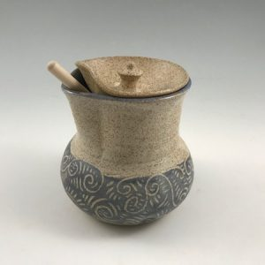 ceramic honey pot